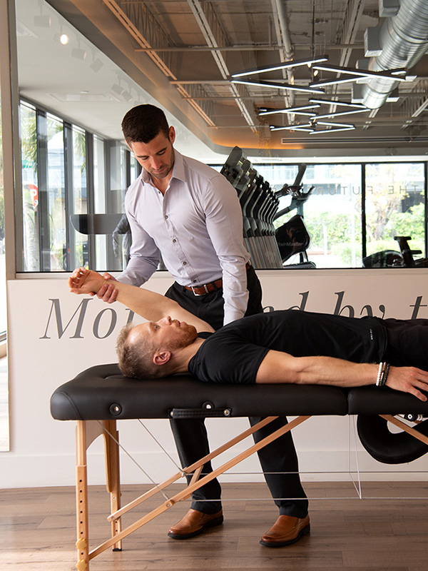 We have the top Chiropractic Doctors on the USA Sports Therapy staff. Doctors of Chiropractic (DCs) use a hands-on, drug-free approach to health care. Book an appointment at one of our South Florida locations today & experience the difference.